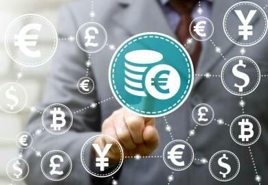 El bitcóin alcanza un valor de 6,000 dólares entre el entusiasmo y la cautela