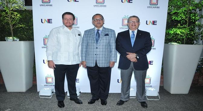 José Alejandro Aybar, Arturo Villanueva y Alberto Bonetti