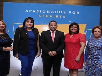 Luisa de Aquino, Sulin Lantigua de Glass, Irving Muñiz, Claudia Brito y Nieve Colombani.