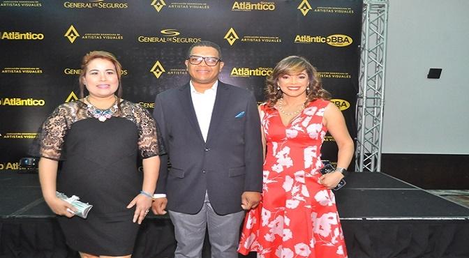 Thelma Leonor Espinal, Alescar Ortiz y Aurora Diaz.
