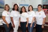 Madel Torres, Amarilys Duran, Ina Percival, Connie Villamar y Leticia Vásquez, de la fundación Avanzare