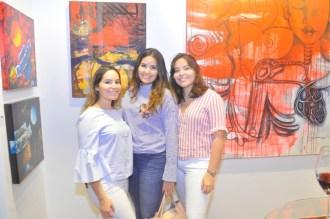 Sara Perez, Ana Isabel Perez y Paola Perez.