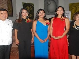 Alvar Ojeda, Nathalie, Evelyn y Nicole Peña Comas y Veronica Sencion.
