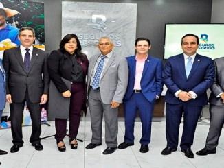 Luddy Gonzalez, Brian Paniagua, Marlene Then, Osiris Mota, Manuel Grullon, Jean Paul Quiroz y Kelvin Herrera.