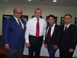 Dr. Jose Silie Ruiz, Rafael Lamarche, Marcia Castillo y Rafael Jose Rodriguez.