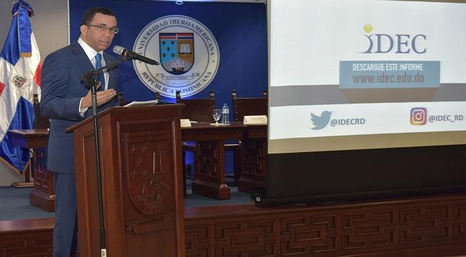 Ministro de educación, Andrés Navarro,  afirma que la revolución educativa aún tiene grandes retos a enfrentar