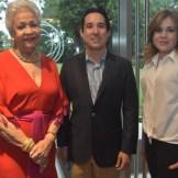 Esperanza Lithgow, Manuel Gómez y Yokasta Ros.