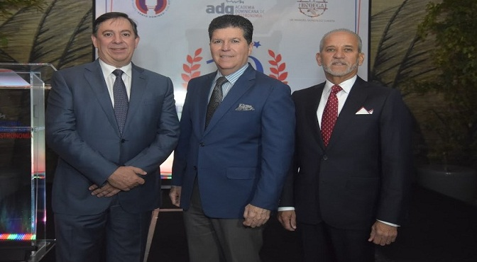 Edgar Pichardo, Luis Ros y Sigfrido Pared Pérez.