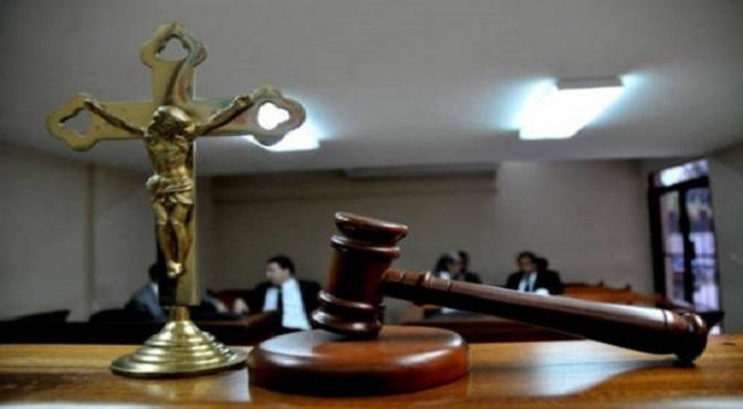 justicia-juzgado-cruz-martillo-malle_11595717_20190506211522