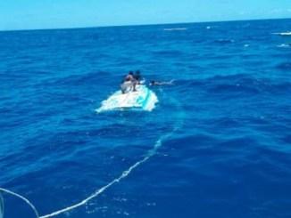 Un información ofrecida por la Armada Dominicana establece que la embarcación se viró por el alto oleajes a una 12 millas náuticas de Cabeza de Toro, en el lugar conocido como Punta los Nidos.
