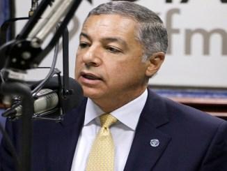 El ministro de Hacienda, Donald Guerrero Ortiz