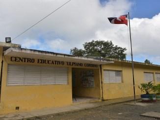 Escuela en Villa Trina de Moca