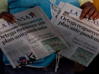 Portada de 'La Prensa' de Nicaragua sobre la falta de respuesta de Ortega a la pandemia.