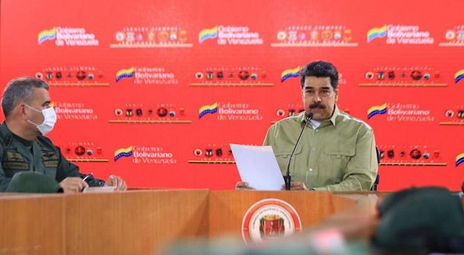 Nicolás Maduro y Vladimir Padrino.