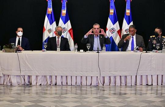 El informe fue presentado en el Palacio Nacional durante una conferencia de prensa encabezada por el presidente Luis Abinader.