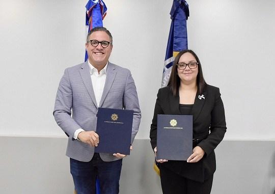 Autoridad Portuaria y ADOEXPO firman convenio de colaboración para hacer más eficiente el sector exportador en los puertos del país