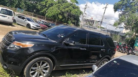 DIGESETT identifica conductora Ford Explorer que tránsito en vía contraria