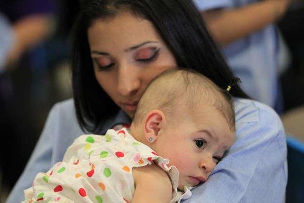 272886-mother-s-day-2012-children-visit-moms-in-california-prison.jpg