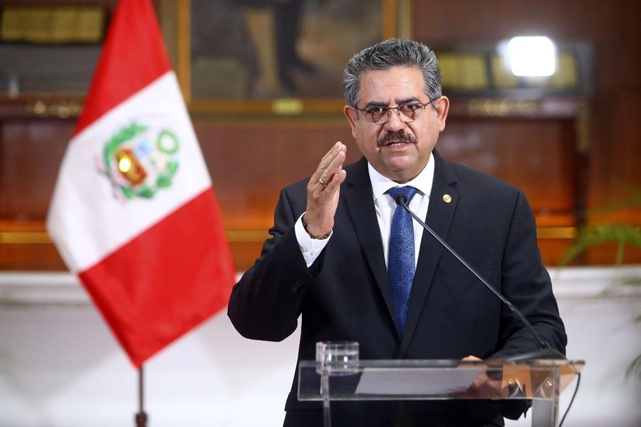 Manuel Merino, Perú