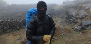 En randonnée en Bolivie, alors qu'il pleut et fait -10 degrés