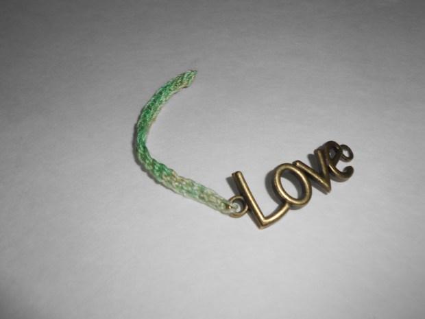 crochet love bracelet 6