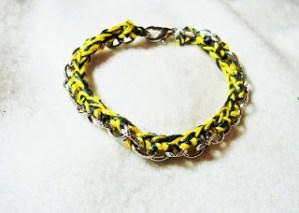 Woven Chain Bracelet Crochet Pattern {free crochet pattern}