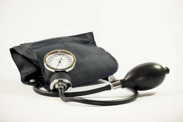 blood-pressure-pressure-gauge-medical-the-test