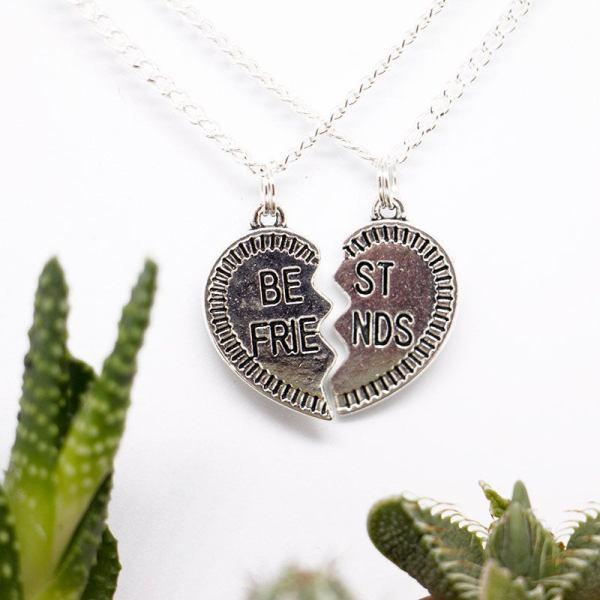Set of 2 Best Friend Necklaces