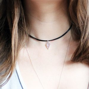 Triangle Necklace Black Choker
