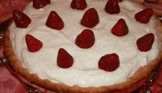 Mom's Strawberry Pie