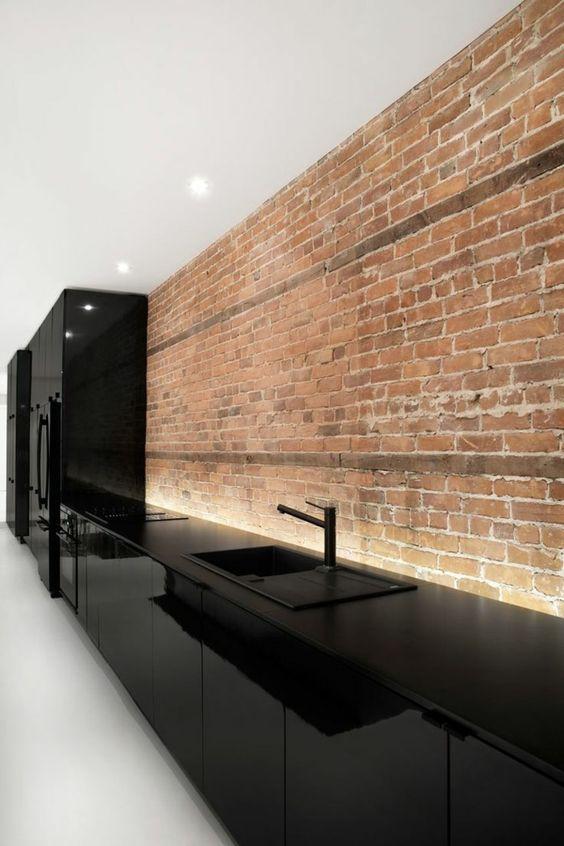 cuisine équipée laque noire brillante