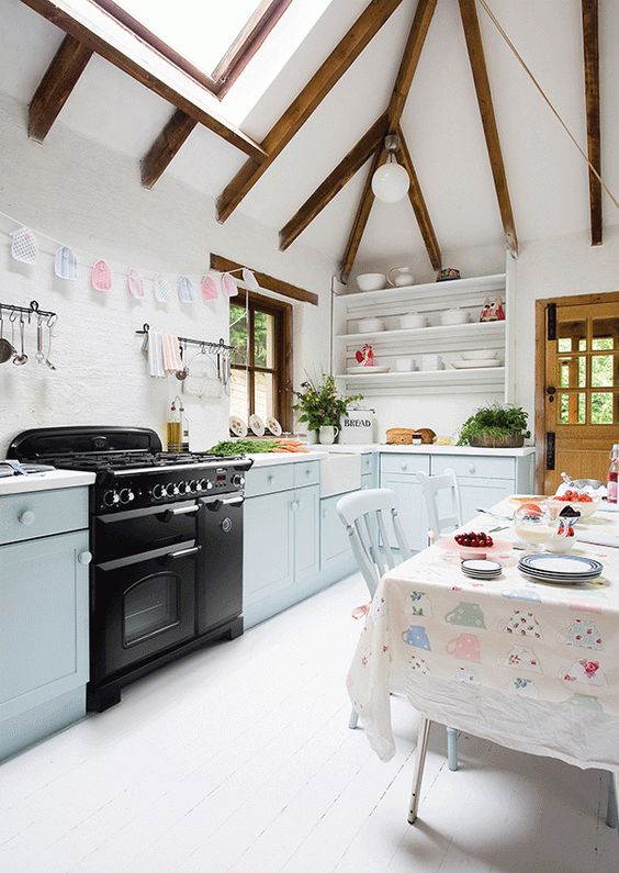piano de cuisson falcon dans une cuisine style scandinave