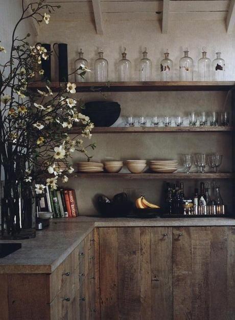 du bois pour une cuisine au style wabi sabi