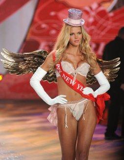 Victorias Secret Fashion Show 2012 10