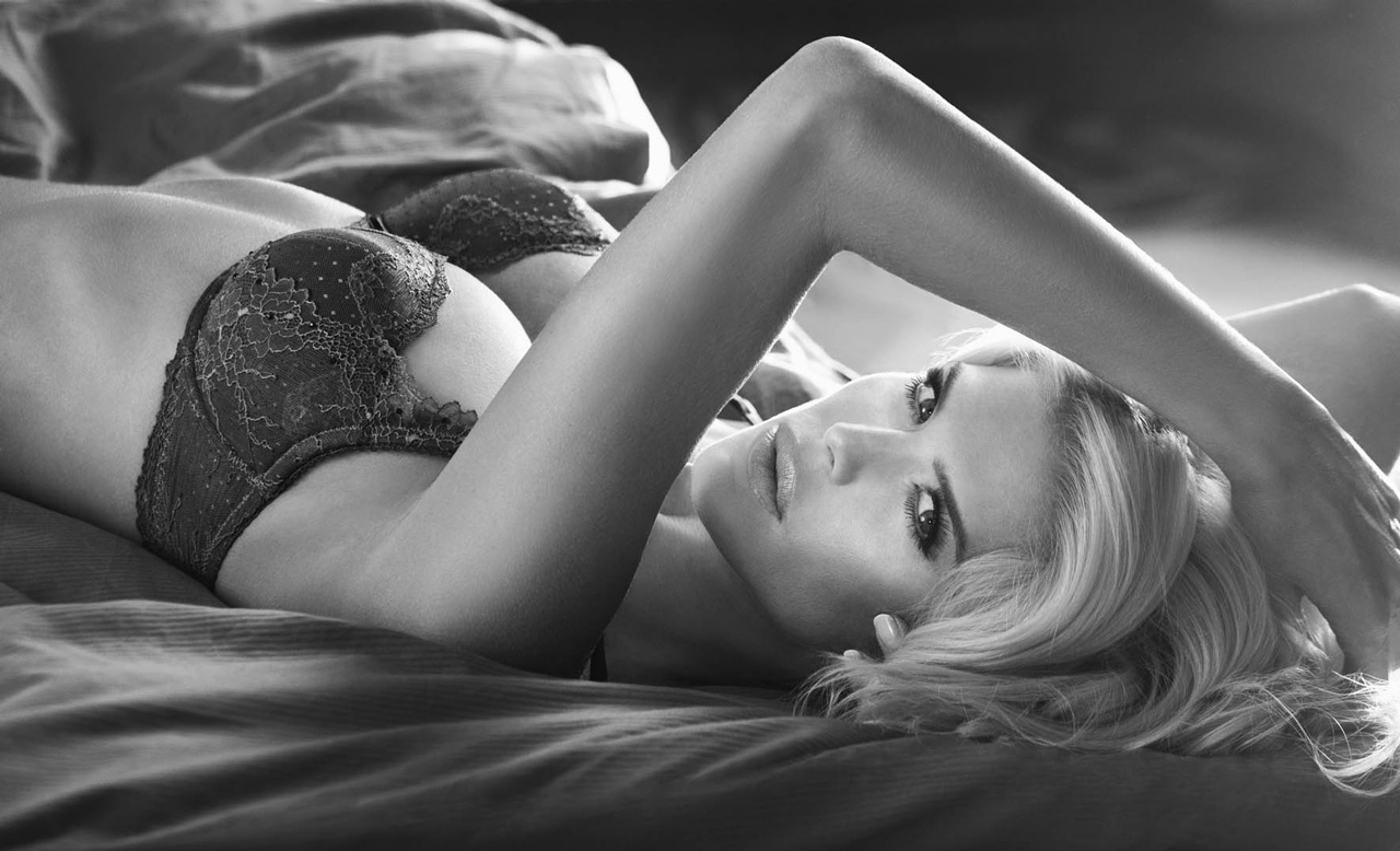 Victoria Silvstedt Dessous 2013 2