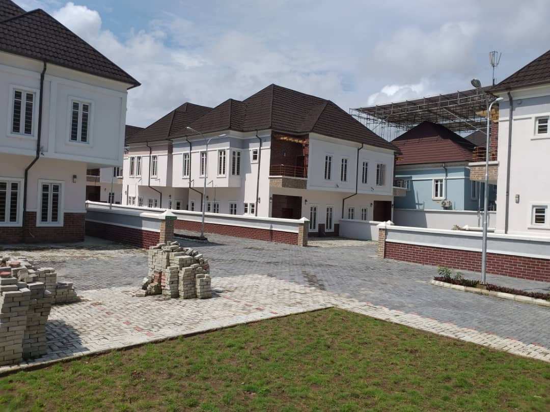 Exotically finished 4 Bedroom Semi Detached Duplex with BQ For Sale in Creek Avenue Court Lekki