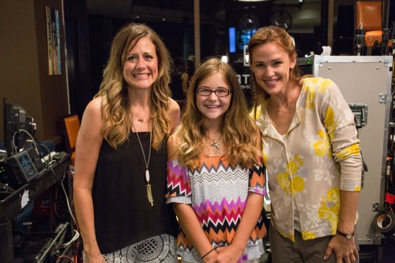 The real Christy & Anna Beam with Jennifer Garner on the set of Columbia Pictures' MIRACLES FROM HEAVEN.