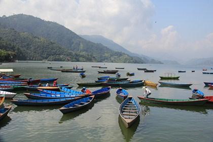Jours 41 & 42 : Pokhara, Phewa Lake et les chutes de Davi !
