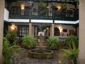 Le patio de l'hôtel Antonio Nariño
