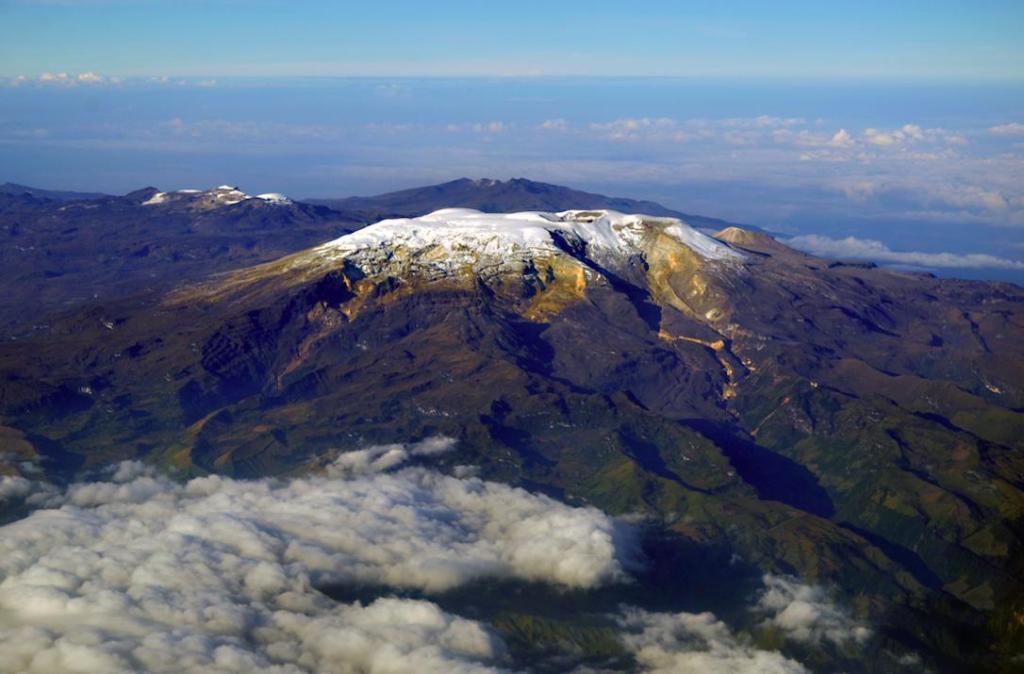 Vue aérienne du Parc National Naturel de Los Nevados