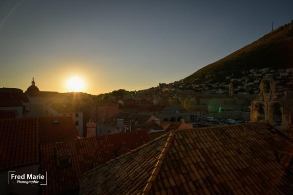 Le soleil se couche sur Dubrovnik