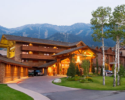 In addition to comfortable and understated elegance, in all lodge units guests will find all the necessary amenities expected in an upscale resort. Grand Teton Hotels Grand Teton National Park Lodging