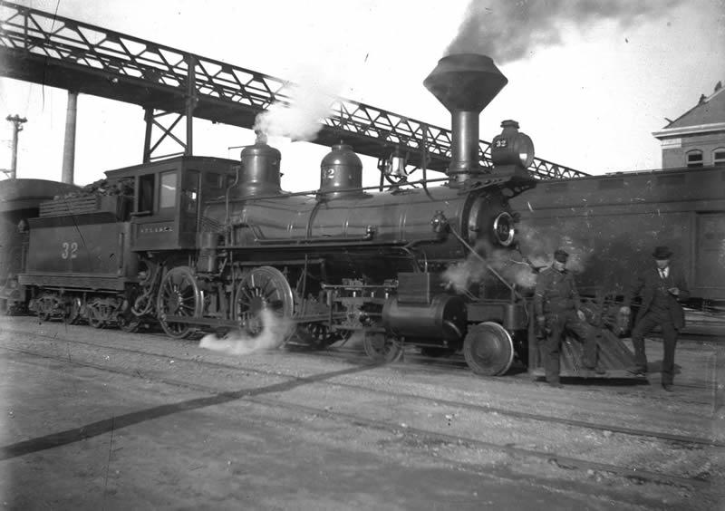 San Pedro, Los Angeles, and Salt Lake Railroad locomotive #32, early 1900s