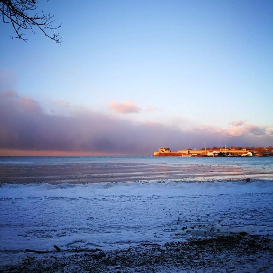 A very frosty Lake Ontario, Niagara On The Lake