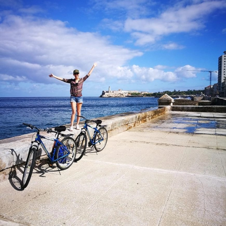 As free as a bird - First day cycling in Cuba, along the Malecon, Havana