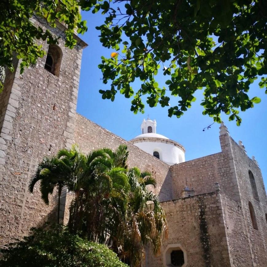 Destination Addict - The Iglesia El Jesús - Merida