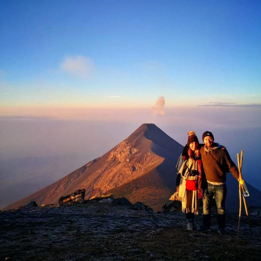 Destination Addict - Hiking Volcan de Acatenango