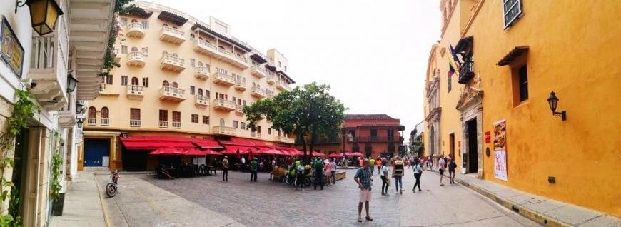 Destination Addict - Plaza Santo Domingo, Cartagena, Colombia