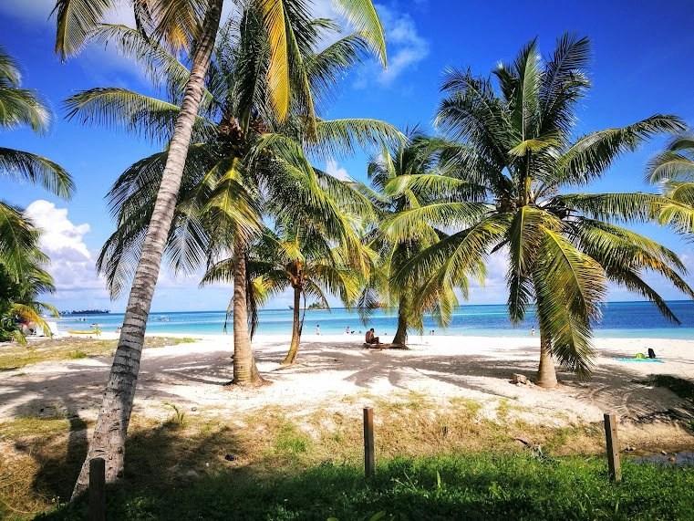 Adventure Travel Blog - Destination Addict - San Andres Island, Colombia