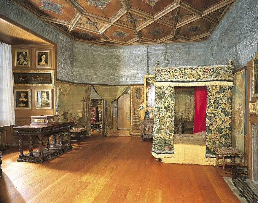 Mary Queen Of Scots Bedchamber, The Palace at Holyroodhouse, Edinburgh. Credit - Royal Collection Trust / © Her Majesty Queen Elizabeth II 2018 - Destination Addict 24 Hours In Edinburgh.